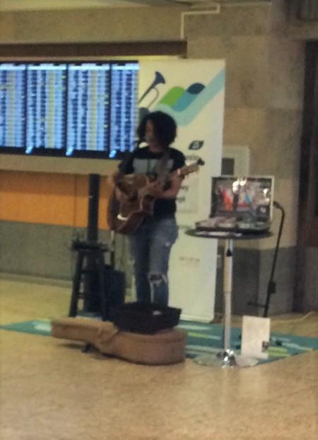 Lovely guitarist